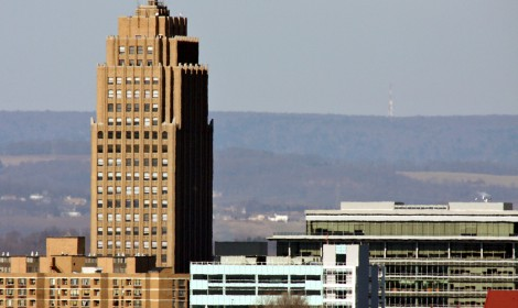 The skyline of downtown Allentown, PA, a town in the central region of the D&L Corridor