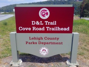 Cove Road Trailhead