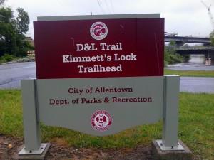 Kimmetts Lock trailhead sign